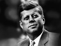 Hoy-Se-Cumplen-50-Años-Del-Asesinato-Del-Presidente-John-F.-Kennedy-Un-Dia-Oscuro-Que-Marco-La-Historia-En-Estados-uNidos-200x150